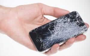 Замена поврежденного сенсора на телефоне