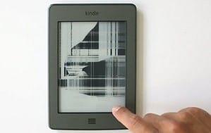 Повреждение экрана электронной книги
